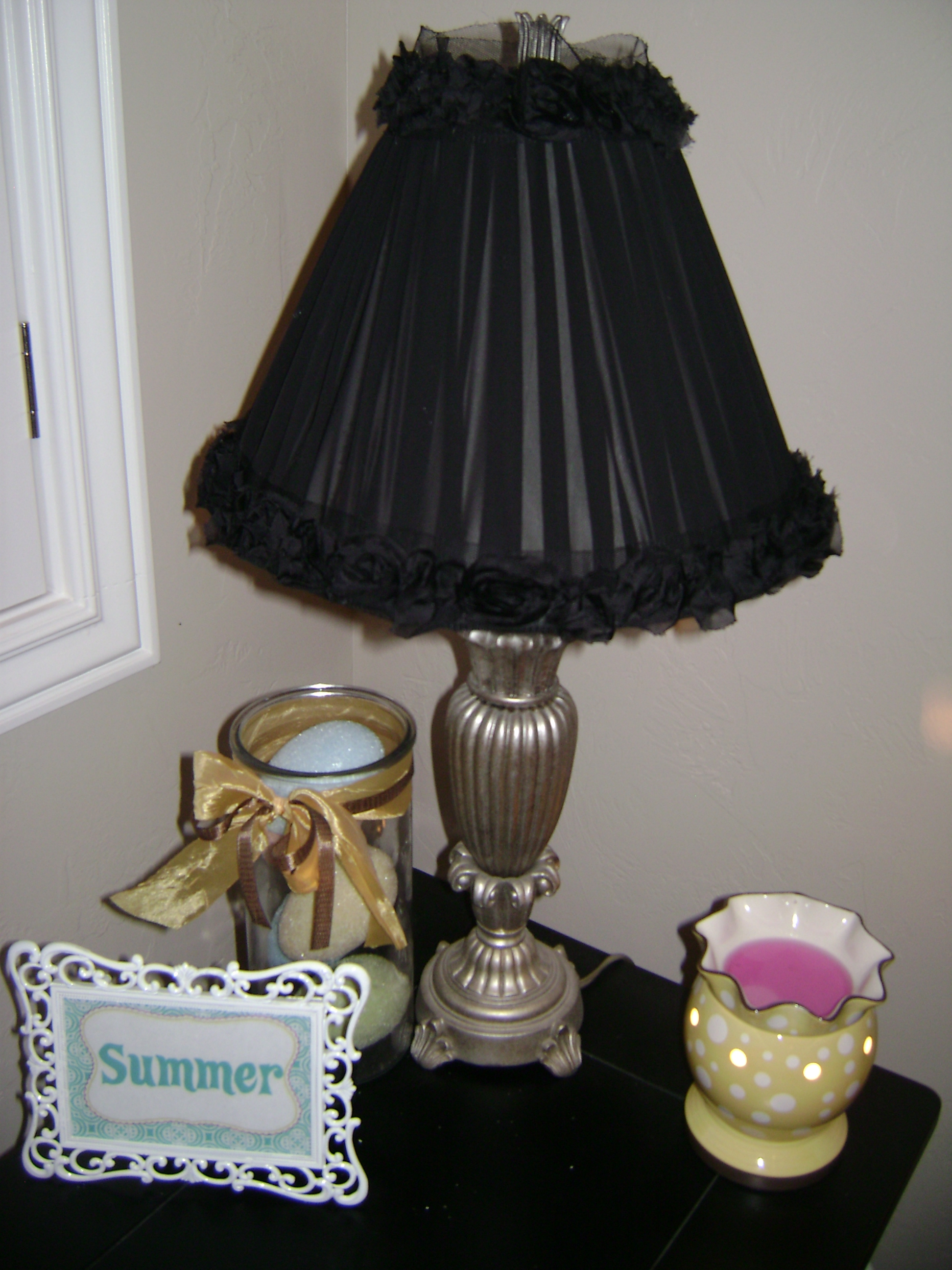 how to redo a lamp shade craft